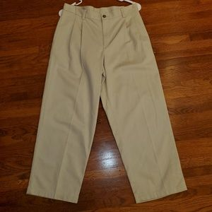 Izod Boys 14 Husky Fit Khaki Pleated Pants